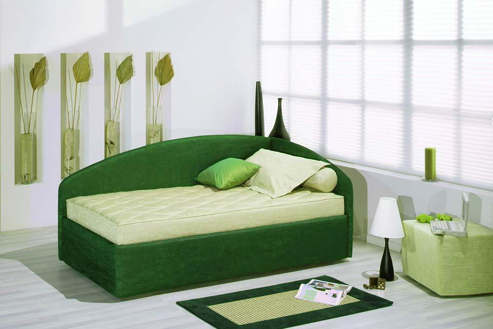 Зеленые оттенки современной спальни