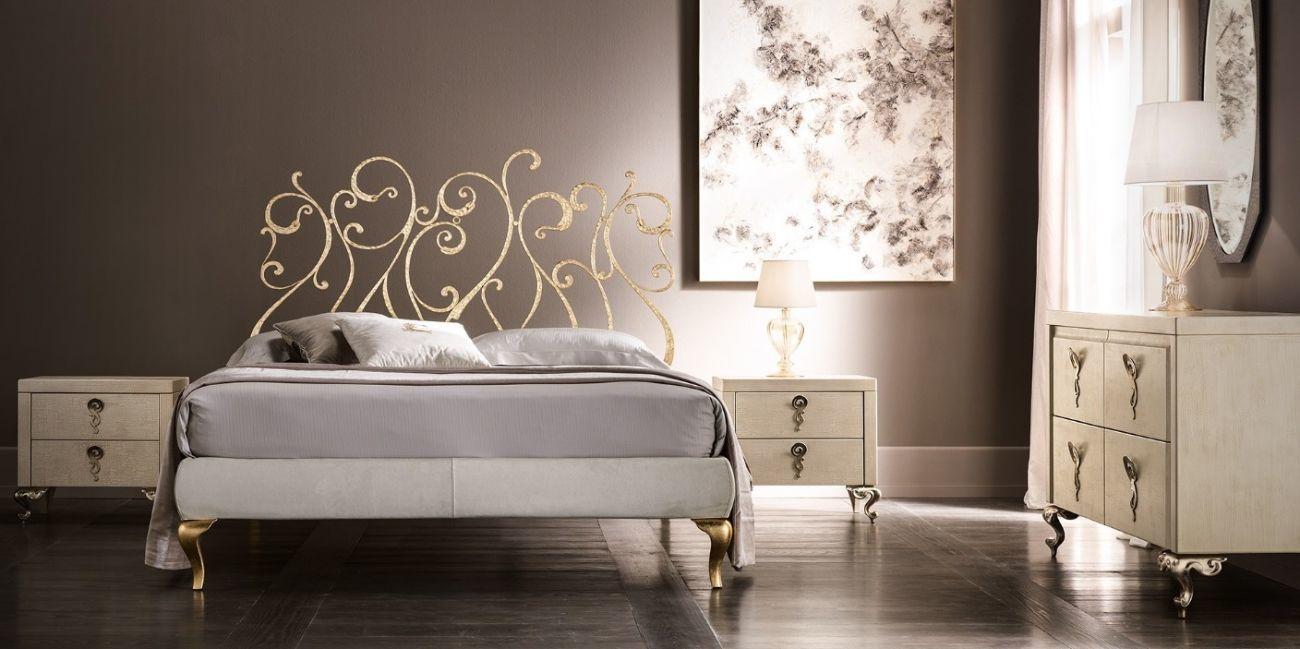 Кованая кровать итальянской фабрики