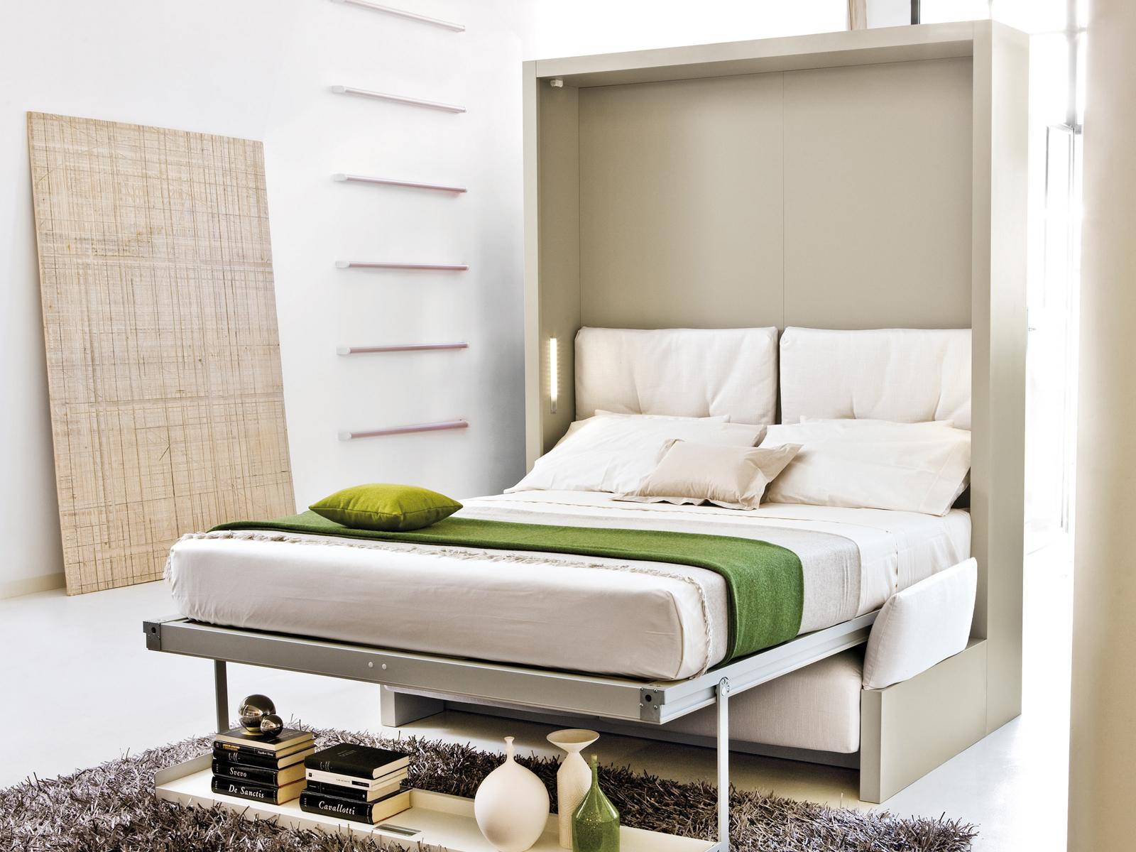 Откидной механизм современной кровати