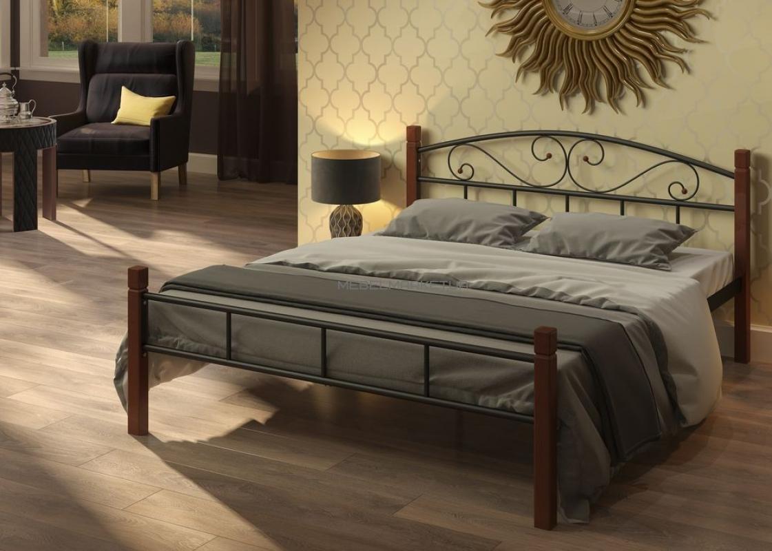 Расположение кровати