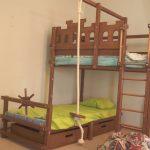 Кровать в виде корабля