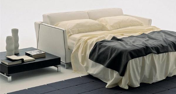 Ортопедический диван-кровать в разложенном состоянии