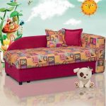 Яркие цвета мягкой мебели