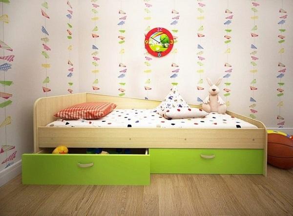 Кровать выдвижными ящиками
