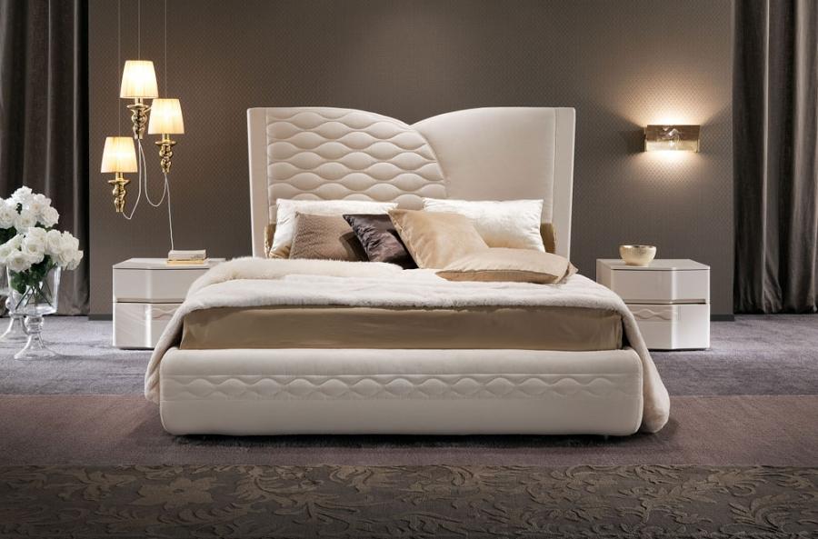Белая современная кровать