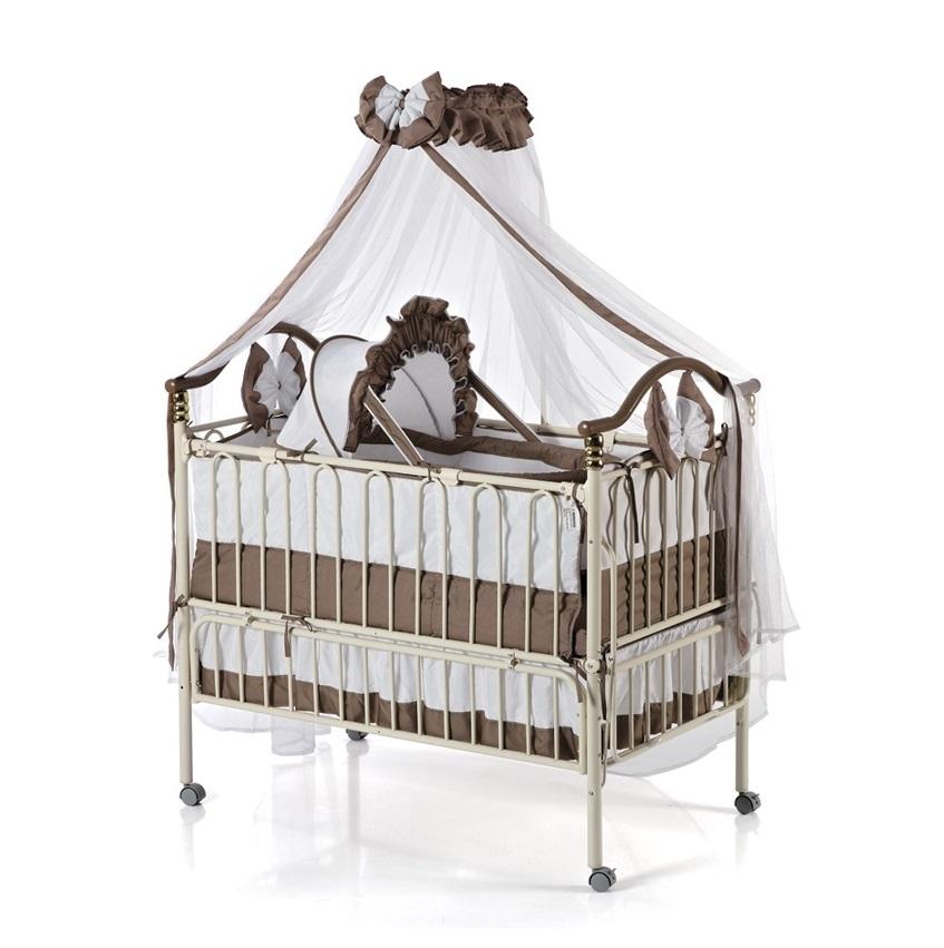Детская металлическая кроватка