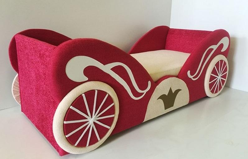 Детский диван необычной формы