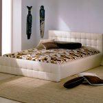 Двуспальная кровать-тахта
