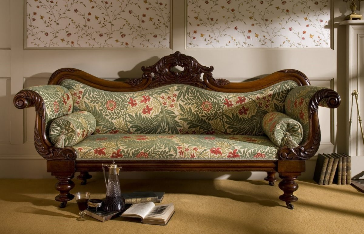 Гобеленовая обивка дивана