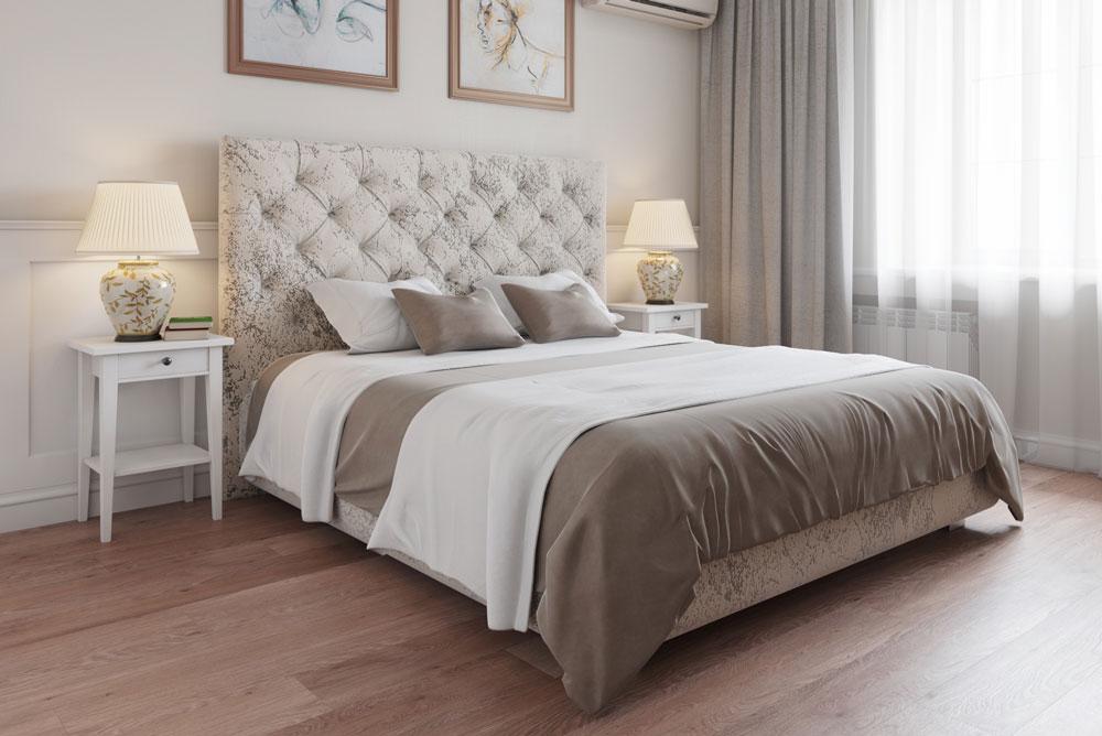 Итальянская кровать в спальне