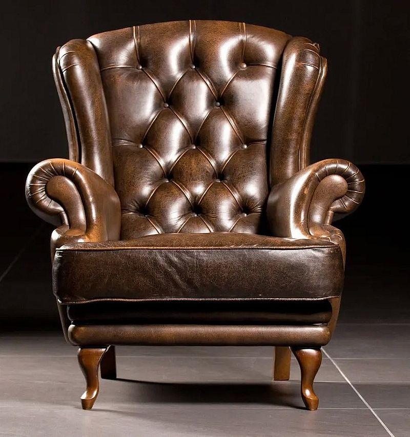 Коричневое кресло с каретной стяжкой