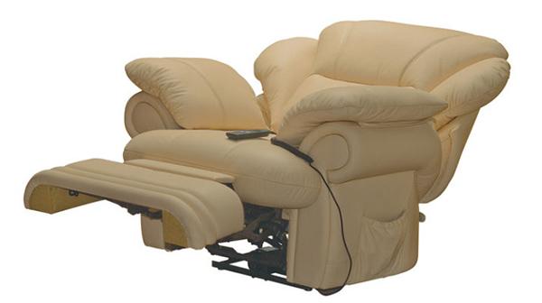 Кресло реклайнер с пультом