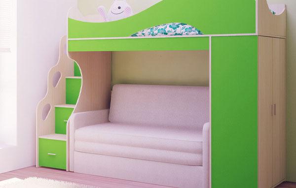 Кровать-чердак раскладным диваном и шкафом