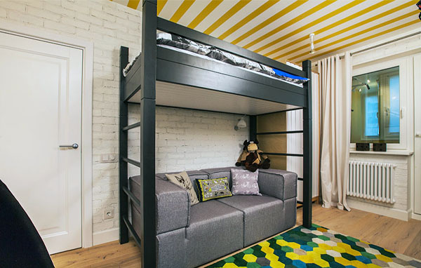 Кровать-чердак с двумя лестницами