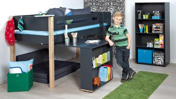 Кровать-чердак с рабочим местом снизу