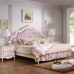 Кровать двухспальная с мягким изголовьем Aurora (160х200)