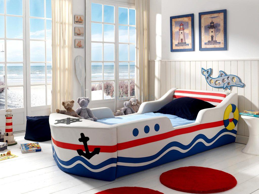 Кровать-корабль