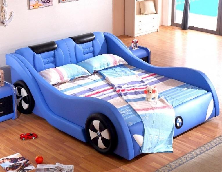 Кровать-машина в детскую