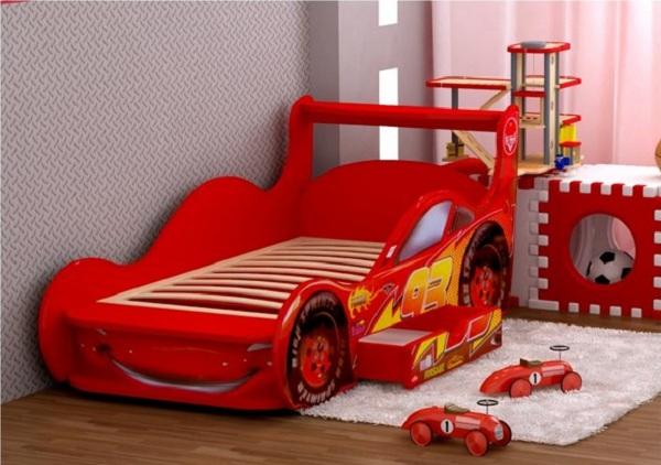 Детская кровать-машинка с ящиками