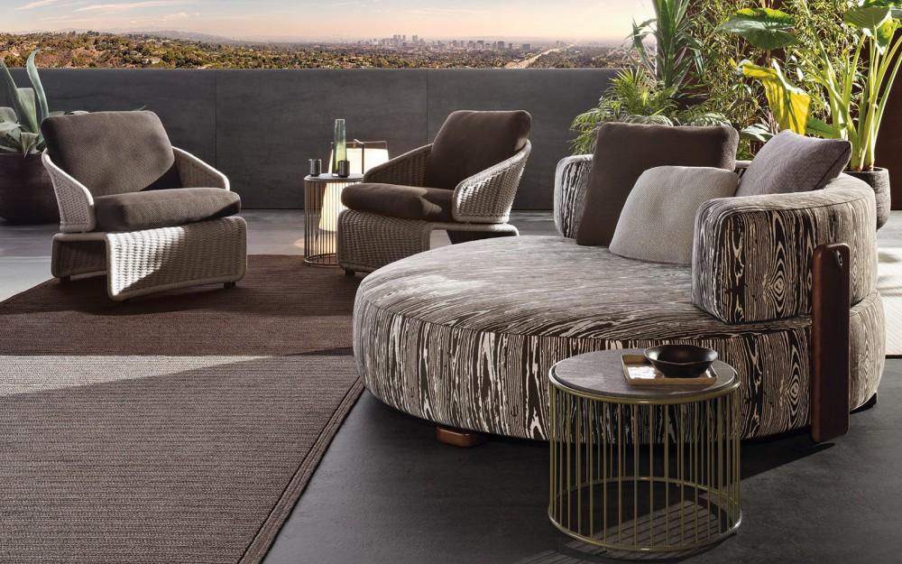 Круглый диван с креслами