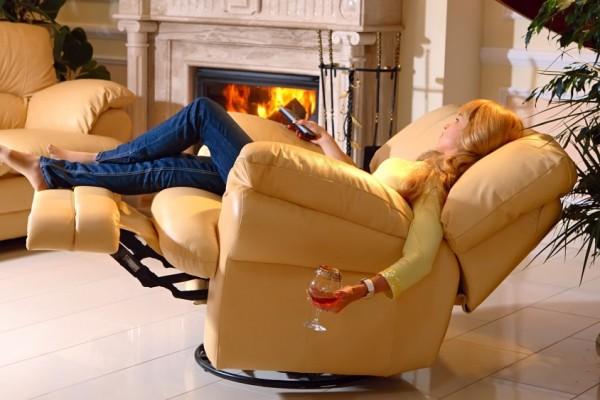 Мягкое кресло реклайнер