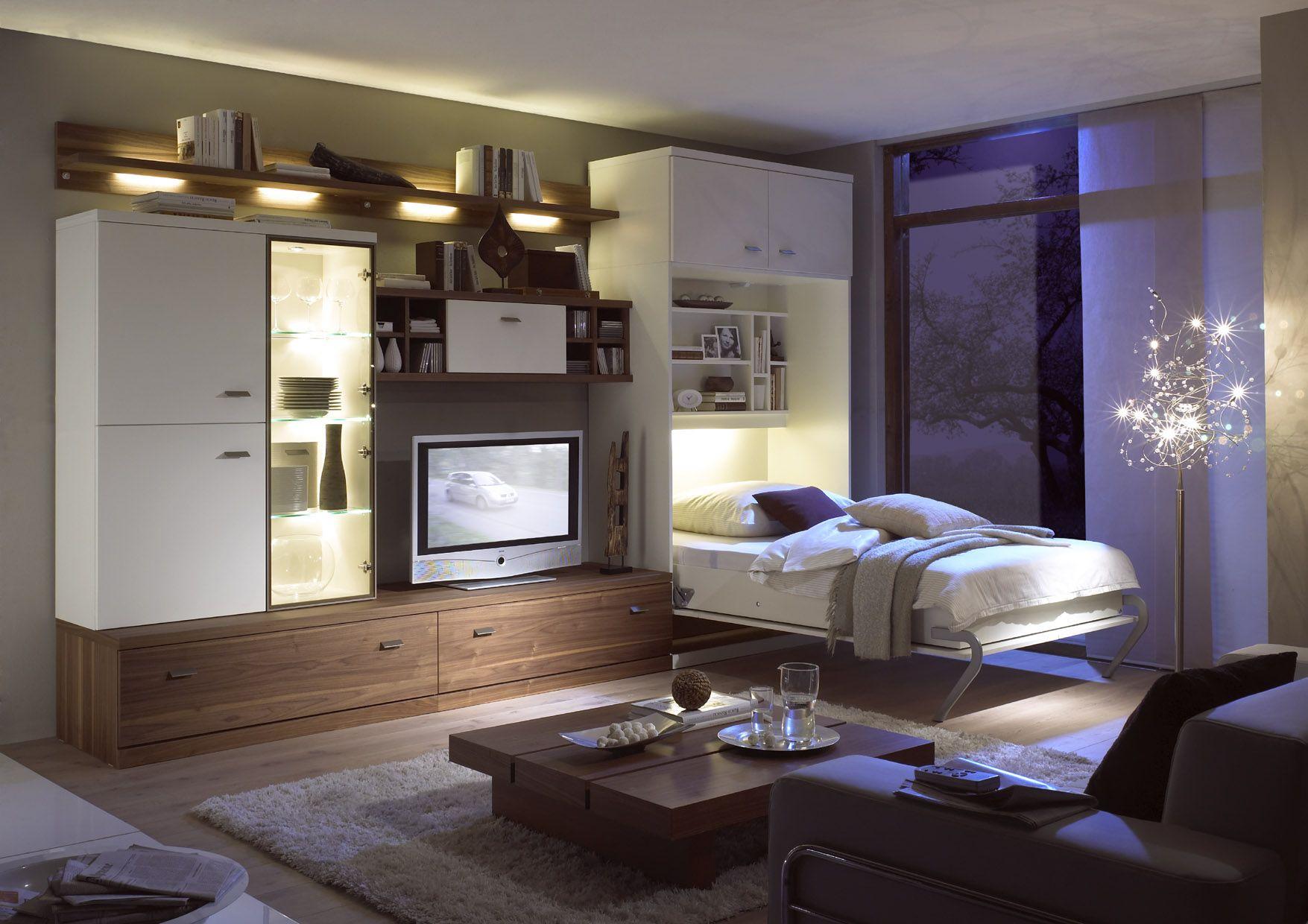 Откидная кровать в гостиной