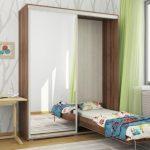 Подъемная кровать-шкаф