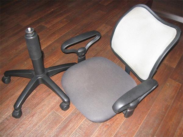 Поломка компьютерного кресла