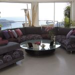 Полукруглый диван серый