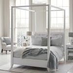 Полуторная кровать с балдахином