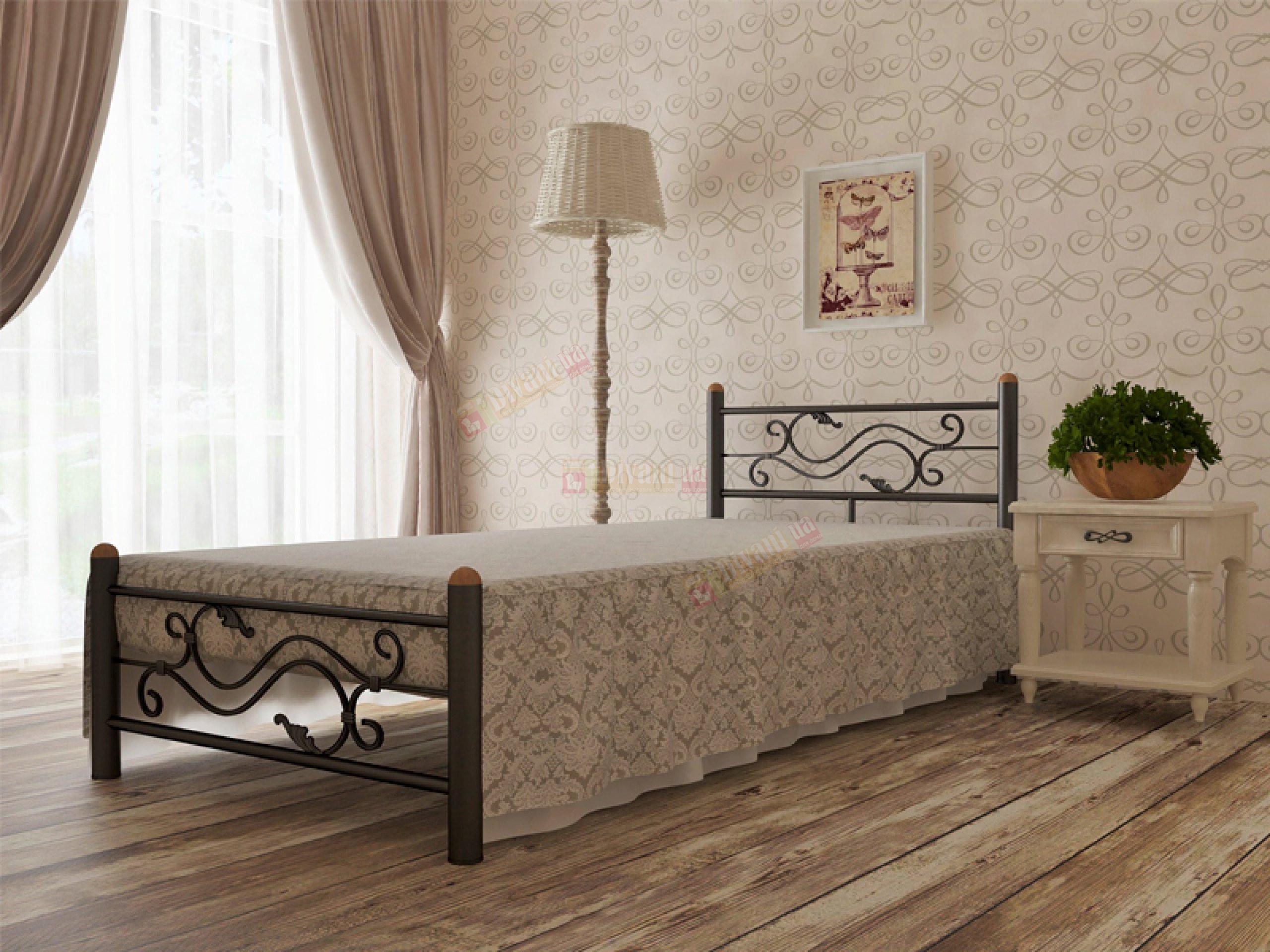 Полуторная кровать в интерьере