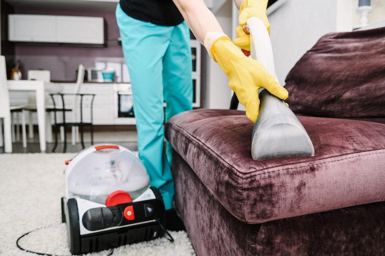 Предварительная чистка пылесосом
