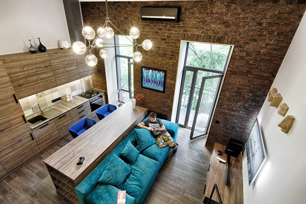 В квартире-студии
