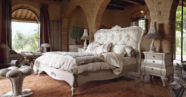 Классическая кровать от Volpi