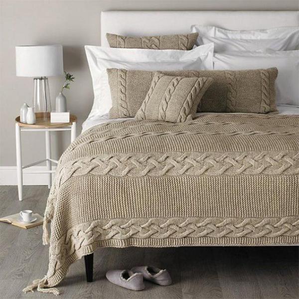 вязаные покрывала на кровать особенности преимущества