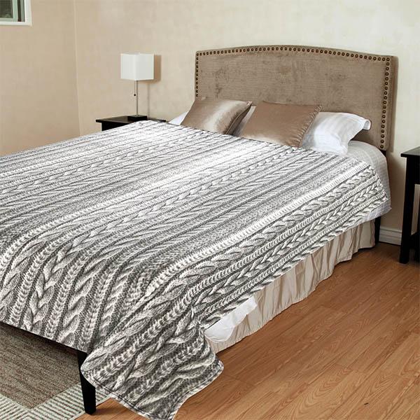 Вязаные косой покрывала на кровать