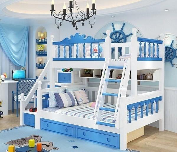 Двухъярусная кровать со штурвалом
