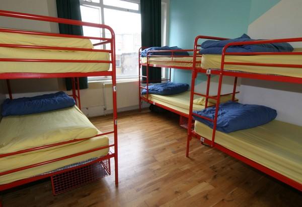 Двухъярусные кровати для рабочих