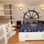 Кровать со штурвалом