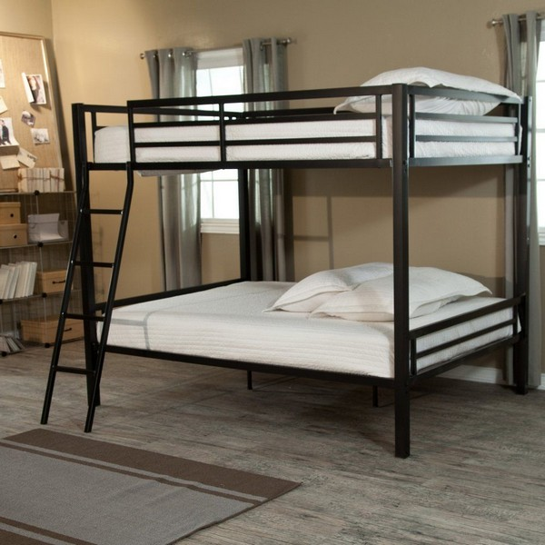 Большая металлическая кровать в стиле лофт