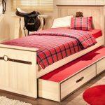 Детская кровать с ящиками и выдвижным местом