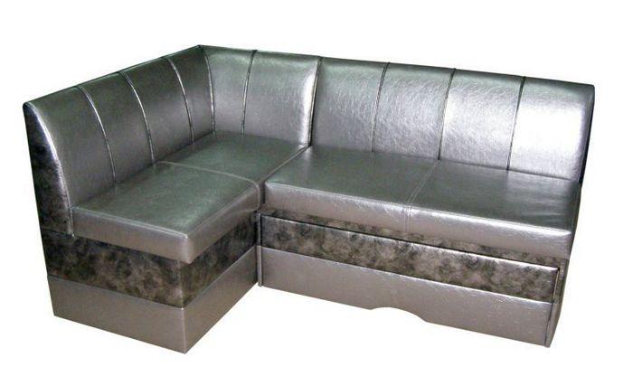 Угловой диван с обивкой искусственной кожи