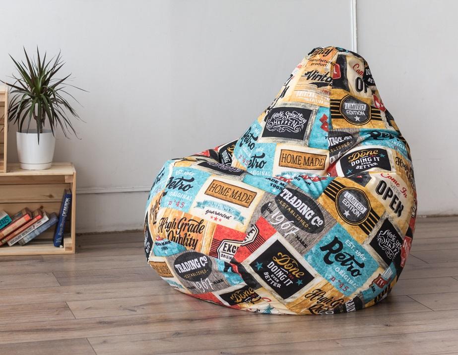 Кресло из яркой ткани