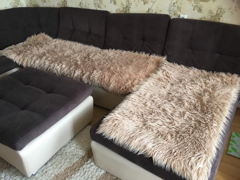 Меховое покрывало на угловой диван