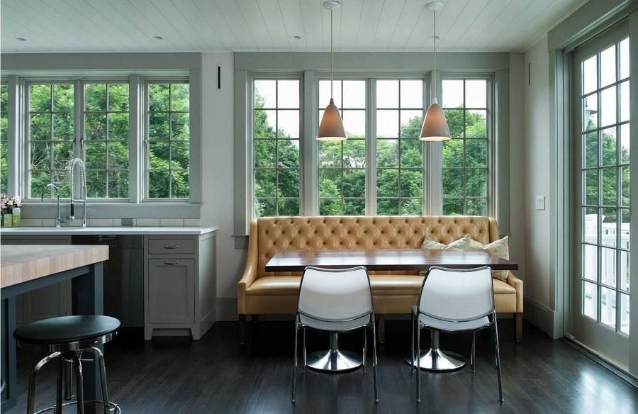 Обивка кухонного дивана из натуральной кожи