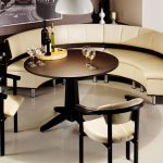Полукруглый кухонный диван с баром