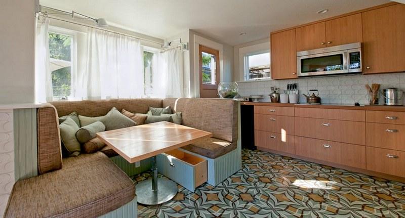 Кухонный диван с ящиками