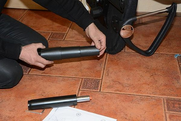 Снять защитные колпачки