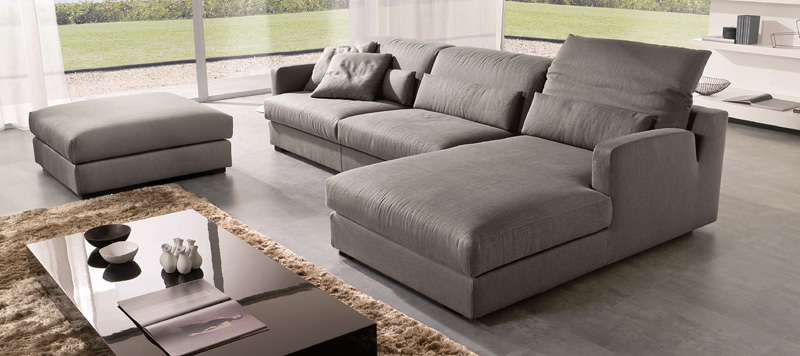Советы по выбору крупной мебели в гостиную, чтобы не загромождать ее