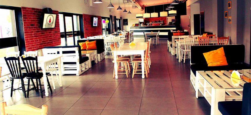 Какую заказать мебель для маленького ресторана
